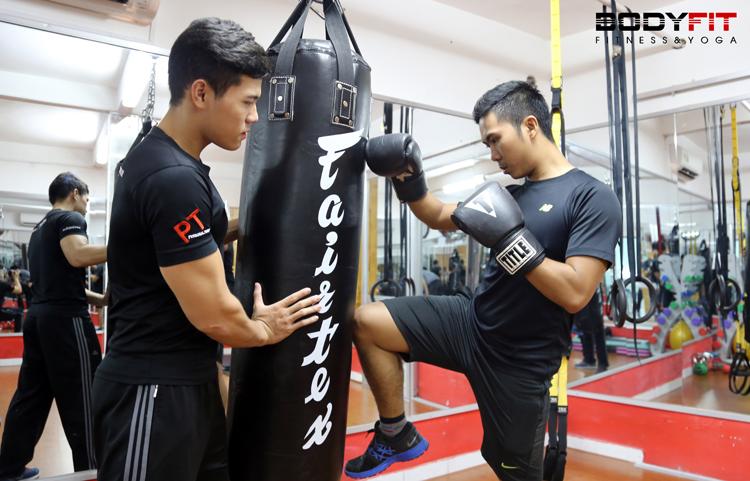 Tập Kickboxing